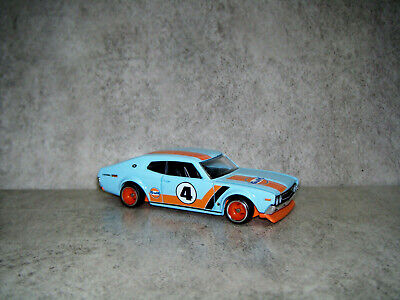HOT WHEELS CAR CULTURE GULF NISSAN LAUREL 2000 SGX REAL RIDERS
