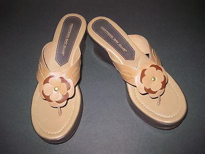 b8c998392 Montego Bay Club Thong Wedge Sandals Sz 8 M Leather Multi Petal Flr Wdg  32984