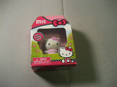 Hello Kitty Cute Flocked Miniature Figure