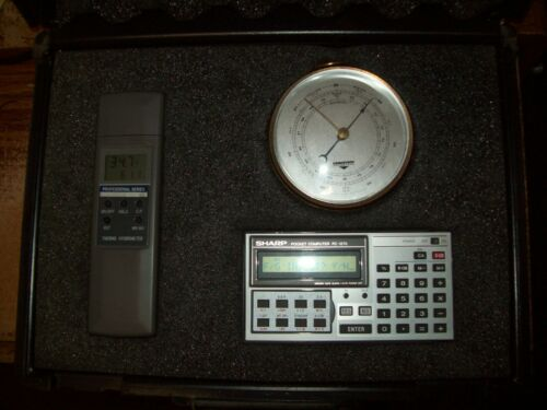 French Grimes weather station / tuner station / used