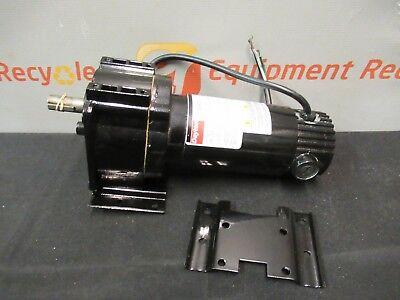Dayton 4z383b Industrial Dc Gear Motor Gearmotor 90130v 3147rpm 18-16hp 58