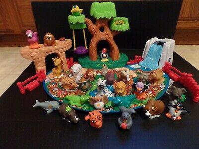 Fisher Price Little People A to Z Zoo Alphabet Learning 26 Animals