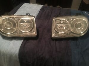 Headlights Chrysler 300c 2005