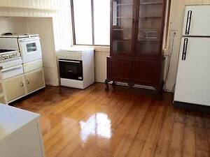 ANNERLEY - One room for rent in share house Annerley Brisbane South West Preview
