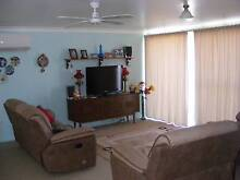 THREE PIECE LOUNGE SUITE Ashford Inverell Area Preview