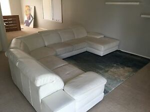 6 seater white leather lounge Mount Torrens Adelaide Hills Preview
