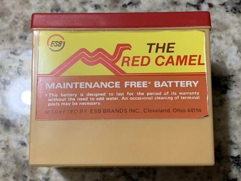 Vintage Red Camel Car Battery Transistor Radio Willard