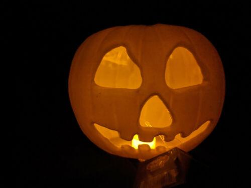 Michael Myers Halloween 2 Movie Light Up Haunted Pumpkin PROP Trick Or Treat NEW
