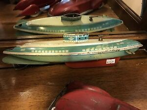 Vintage 1930's Tin clockwork submarine by wolverine