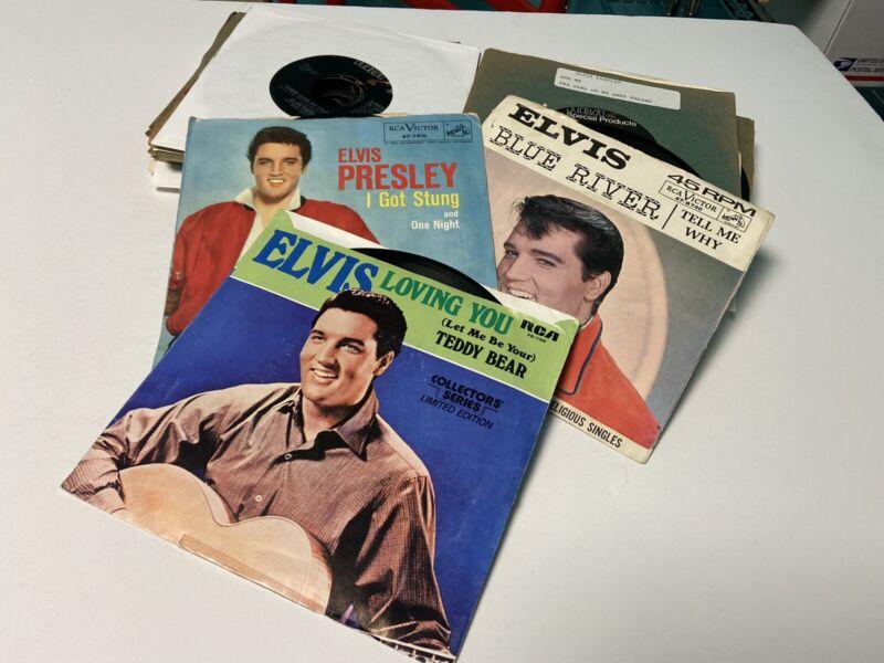 30 Elvis Presley 45 RPM Records