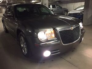 2009 Chrysler 300 Limited Leather Loaded Sunroof /Low Kms!!