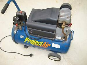 ** PRICE REDUCED **    Air compressor Albert Park Charles Sturt Area Preview