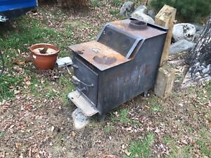 Wood stove great shape throws the