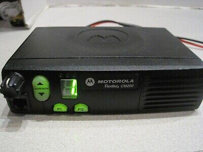 Motorola Radius Cm200 Vhf 146-174mhz 4ch 24w Mobile Radio Aam50knc9aa1an