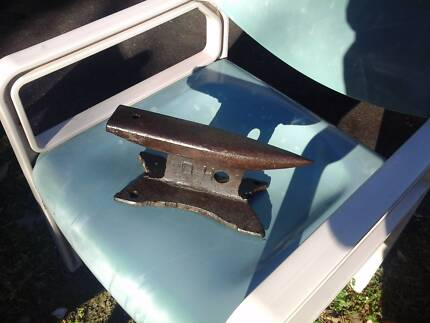Vintage hand forged Anvil.... approx 100yrs old