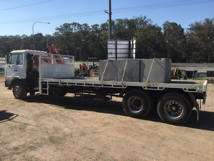 HIRE ME Crane truck $400 day hr Tipper truck / flat bed truck Mr  Thornton Maitland Area Preview