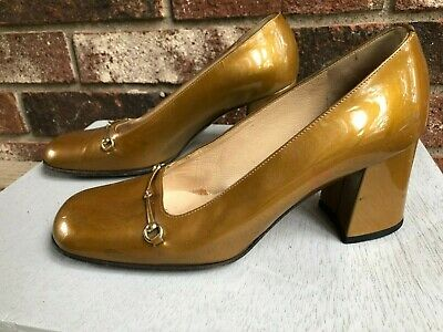 GUCCI Gold Patent Leather Snaffle Horsebit Heels - SIZE 6B - VINTAGE SHOES