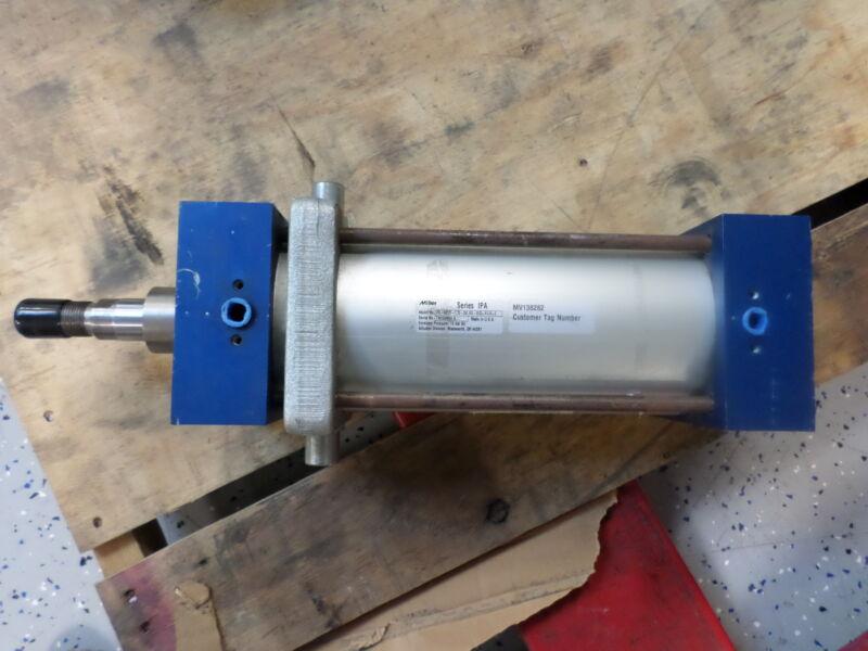 MILLER PNEUMATIC CYLINDER IPA-89B2B-0125-250.000-0032-N11N-0 10 BAR AIR