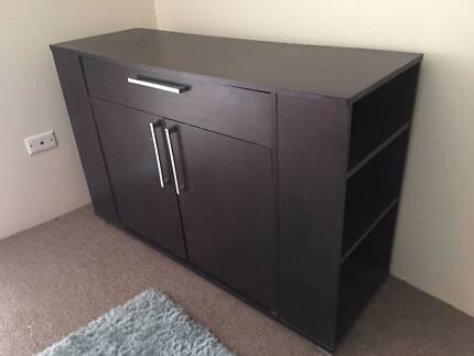 Good Condition Storage Unit cum Table