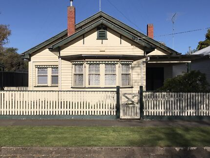 Gorgeous Central Ballarat Cottage