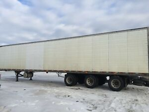 2012 triaxle reefer for sale or lease take over