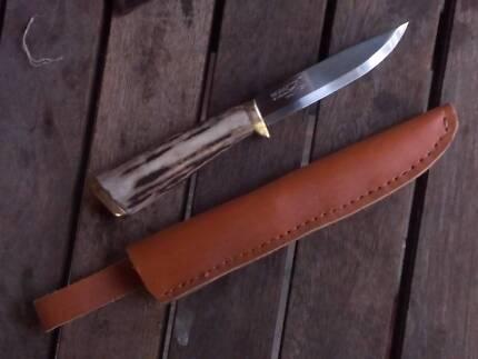 Customised fixed blade knife
