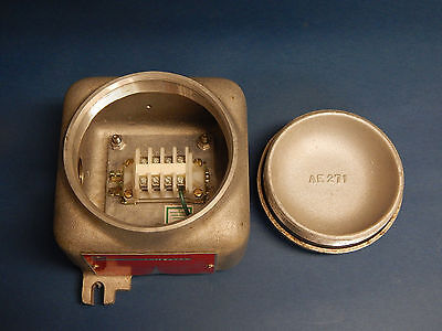 "Akron Electric XJATS1.N1 Explosion Proof Junction Box Type 4X 1""inch NPT"