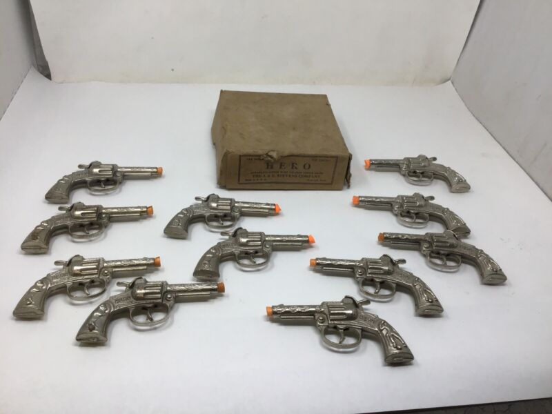 NOS Box 11 Cast Iron HERO Single Shot Revolver Toy Cap Gun Pistol Western Cowboy