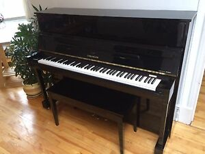 Piano droit cable-Nelson Yamaha