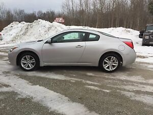 2012 Nissan Altima 2dr Coupe