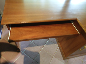 FREE DESK Timber desk St Ives Chase Ku-ring-gai Area Preview