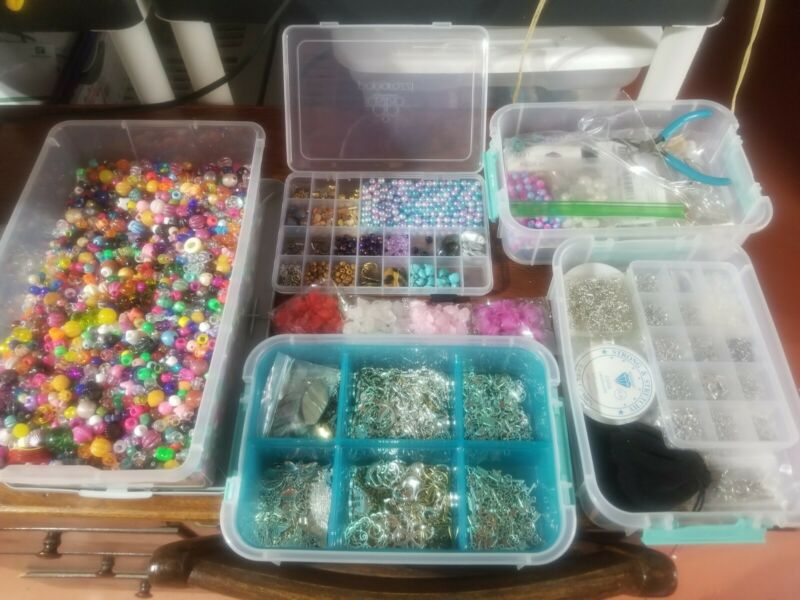Lot of Jewelry Making Supplies, see description!