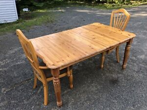 Solid Wood Kitchen Table & Chairs **** Free Delivery Included **