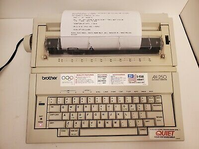 Brother Ax-250 Electronic Typewriter With Key Cover - Excellent Tested And Works