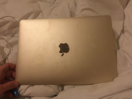 GOLD JULY 2015 MACBOOK 250gb Morwell Latrobe Valley Preview