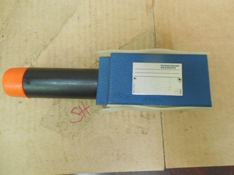 Mannesmann Rexroth Pressure Reducing Hydraulic Valve ZDR 10 DA2-54/150 New