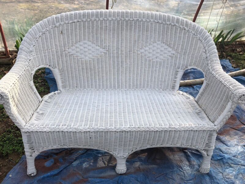 Pristine Vintage Wicker Love Seat, Excellent Condition. Painted Last Year