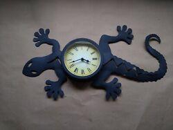 Lizard Wall Clock Reptile Iguana Chameleon Silhouette Unique Modern Decor Gift