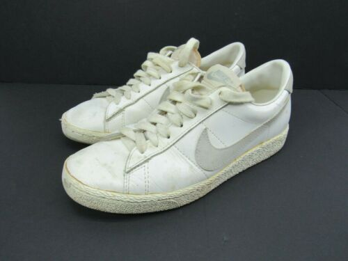1980s Nike Penetrator Size 8.5 White Gray Leather White Low Vintage Tag Court