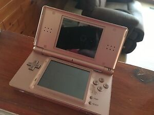 Nintendo DS lite rose