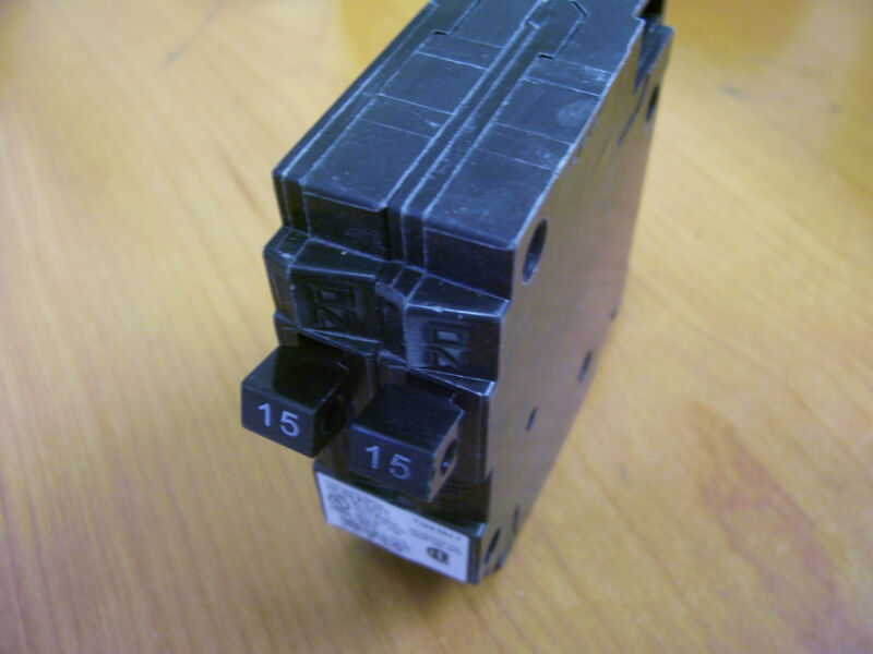 qty 10pc Murray Duplex Circuit Breakers CAT#  MP1515U  120/240V MP1515
