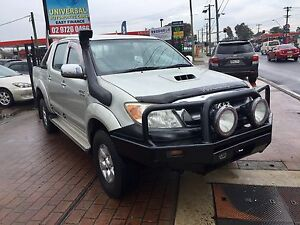 2006 Toyota Hilux SR5 4X4 AUTOMATIC TURBO DIESEL DUAL CAB UTE 4WD Lansvale Liverpool Area Preview