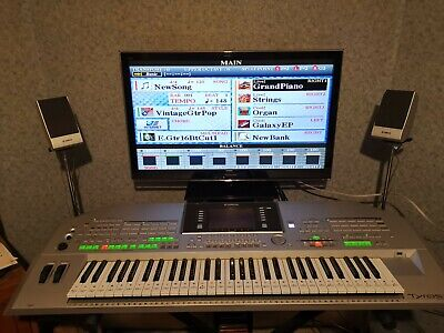 yamaha tyros 2 keyboard  61 keys with lots and lots of extras read full listing