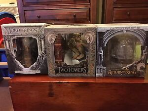 LORD OF THE RINGS COLLECTORS EDITION BOX SETS Sunbury Hume Area Preview