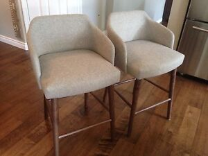 2 counter height stool