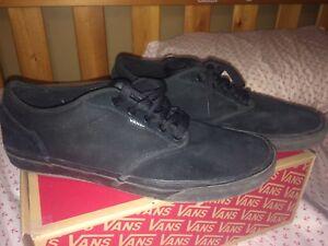 All black vans low top Atwood