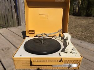 Vintage General Electric GE Automatic Record Changer Player