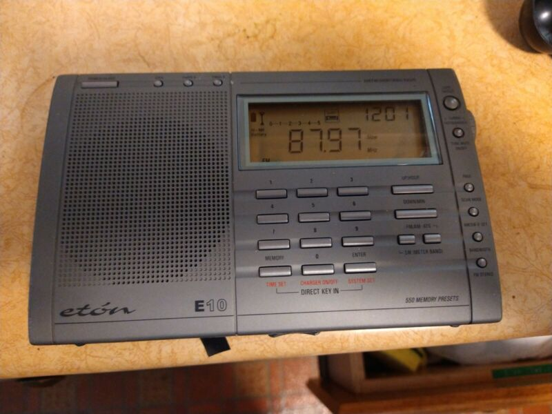 TESTED ETON E10 FM/SW/AM DSP RECEIVER WITH ATS SCAN