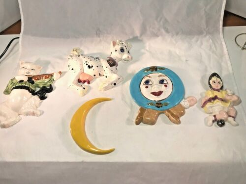"""Vintage Chalkware """"Hey Diddle Diddle"""" Nursery Rhyme Wall Plaques"""