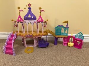 """My Little Pony"" Wedding Castle & Crystal Castle playsets"